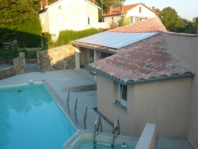 Le chauffe eau solaire pour la piscine for Chauffe eau bois piscine